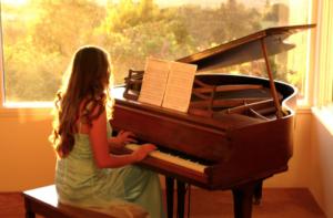 【ピアノが嫌いになりそうな人へ】中3で辞めて後悔した私の戯言