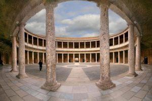 カルロス 5 世宮殿