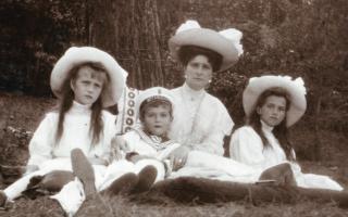 ロマノフ王朝 アレクセイと家族